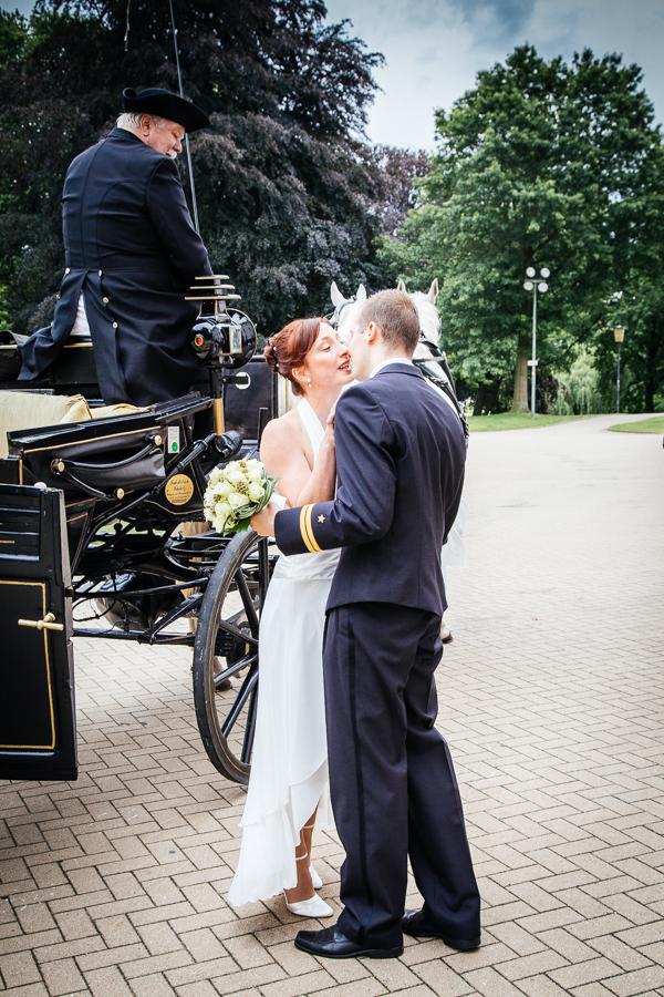 die Braut ist eingetroffen