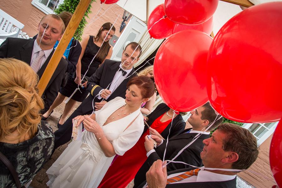 rote Ballone