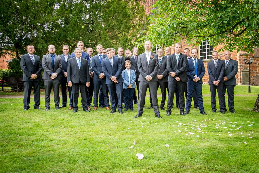 Bräutigam unter Männern