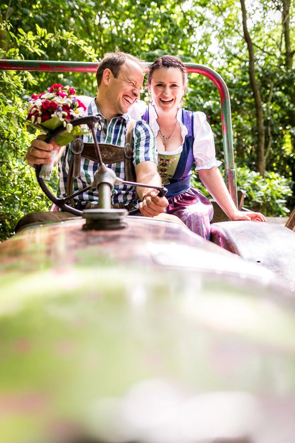Schöne Hochzeitsreportagen enstehen aus Glück und Vetrauen.