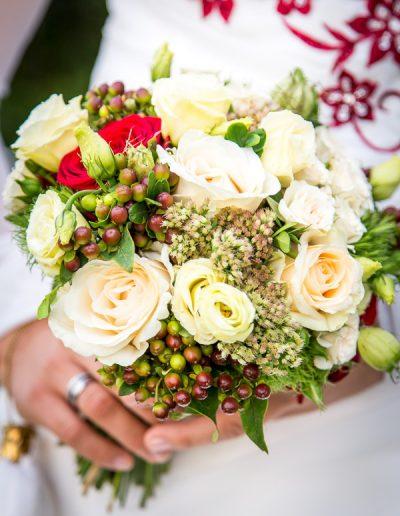 Bautstrauß an Braut